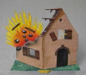 Wohnhaus, beschossen (Teilruine)