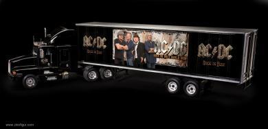 07644 Revell KISS End of the Road World Tour Truck Bausatz Model Kit 1:32 Art