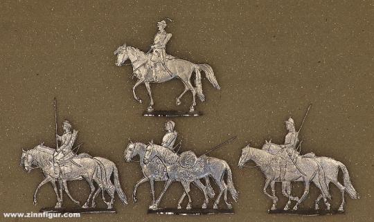 Huns on horseback, marching (around 440)