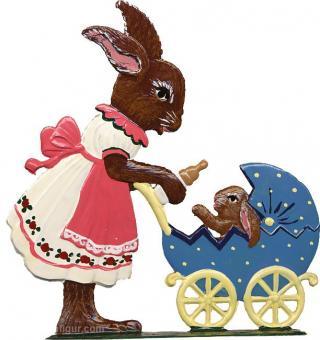 Hasenmädchen mit Puppenwagen