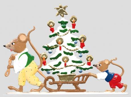 Mäuschen ziehen den Weihnachtsbaum auf einem Schlitten