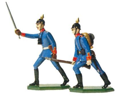 Infanterie-Offizier und Infanterist vorgehend