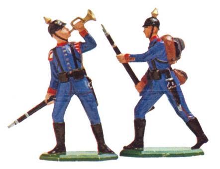 Sturmtrompeter und Mann stürmend