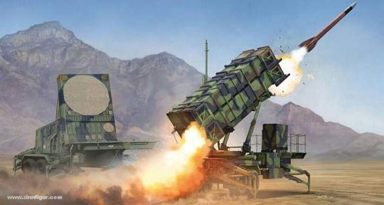 M901 Launching Station & AN/MPQ-53 Radar Set des MIM-104 Patriot SAM System (PAC-2)
