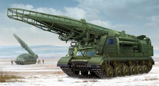 2P19 mit R-17 Rakete (SS-1C Scud B) des 8K14 Raketensystemkomplex