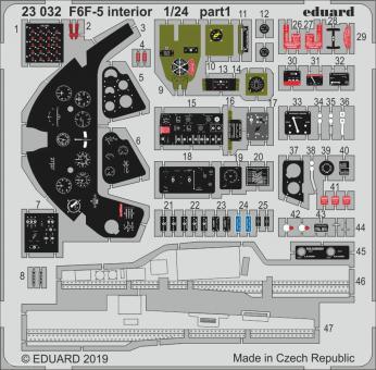 F6F-5 Innendetails