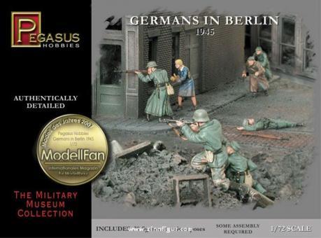 Germans in Berlin 1945
