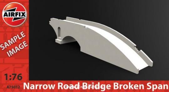 Halbe Schmale Straßenbrücke
