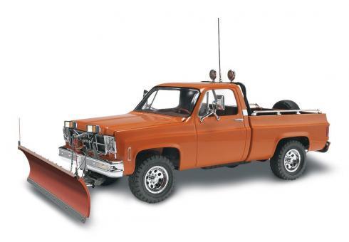 GMC Pickup mit Schneepflug