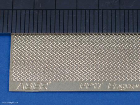 Riffelblech Muster 17 - 140 x 39 mm
