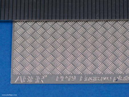 Riffelblech Modern Typ 5 x 5 Streifen - 104 x 77 mm