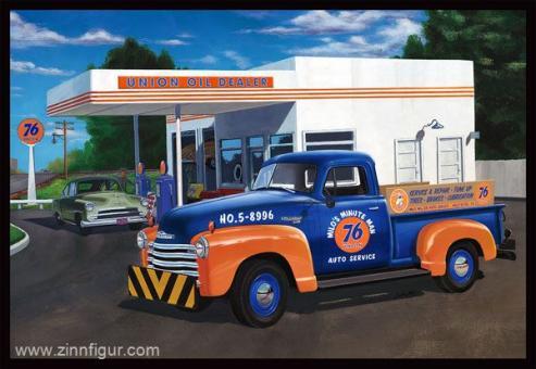 "1950 Chevy Pickup ""Union 76"""