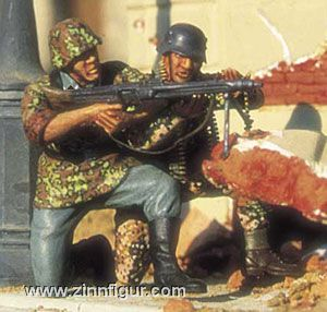2 Soldiers with MG42