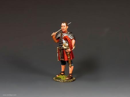Optio mit Schwert und Helm