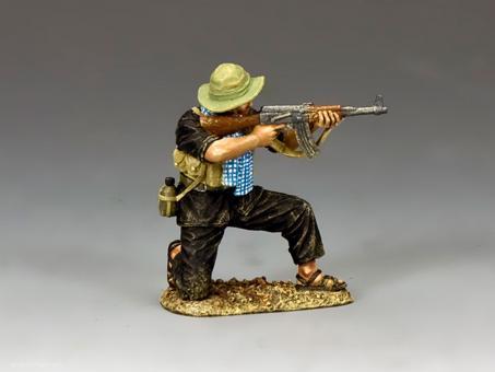 Viet Cong mit AK47 - kniend
