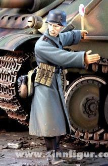 Diverse Hersteller: Feldgendarm im Mantel, 1939 bis 1945