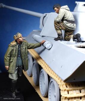 Panther Kommandant & WSS Offizier