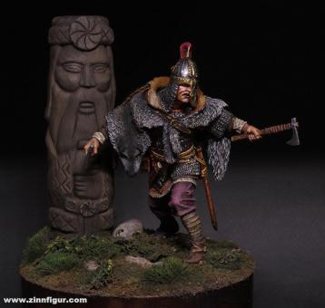 Waräger-Gardist mit Perun-Götterstatue