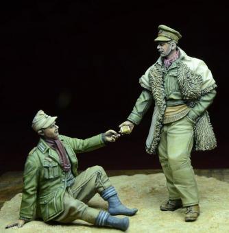 LRDG Offizier mit dt. Kriegsgefangenem
