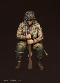 US Army Airborne Soldat auf Sherman-Panzer sitzend