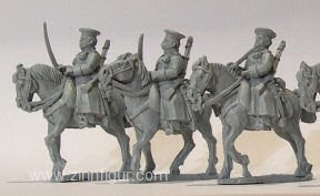 Russische Dragoner mit Mützen