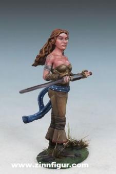 Angelica - Halbelf Kriegerin mit Schwert