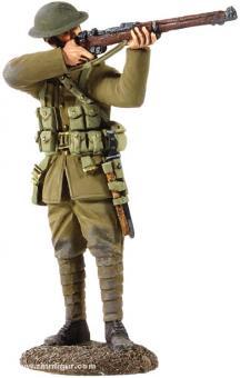 Britischer Soldat, aus dem Schützengraben feuernd