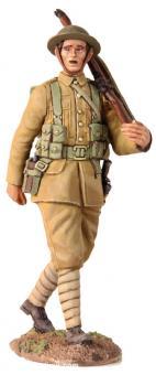 Britischer Infanterist, marschierend