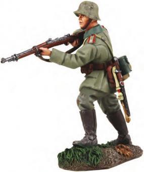 Deutscher Infanterist, vorsichtig vorgehend - 1916-18