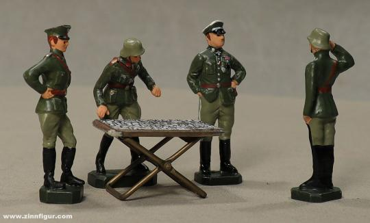 Wüsolin: Stabsbesprechung am Kartentisch - Wehrmacht, 1935 bis 1945