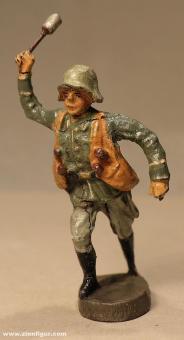 Elastolin: Handgranatenwerfer, 1935 bis 1945