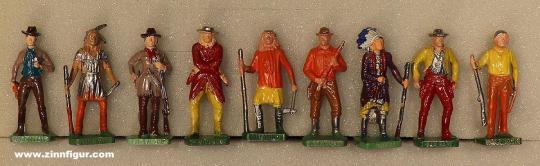 Diverse Hersteller: Bemalte Wildwest-Figuren aus Ü-Eiern, 19. Jh.