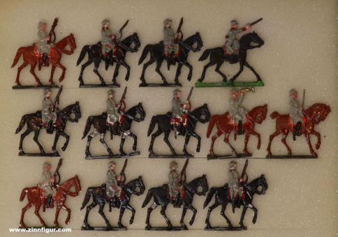 Schulze: Cavallry with steel helmet, 1916 bis 1918