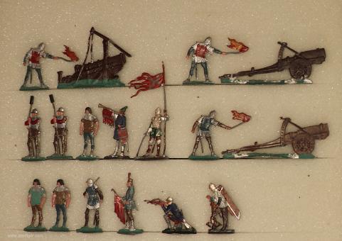 Kieler Zinnfiguren: Belagerungsartillerie, 11. Jh. bis 15. Jh.